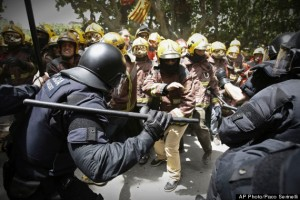 APTOPIX Spain Financial Crisis