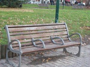 Bench ahd